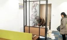 不锈钢装饰柜有哪些功能?屏风隔断只是其中一种。