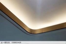 天花吊顶走一圈线条的不锈钢转角几种常见造型