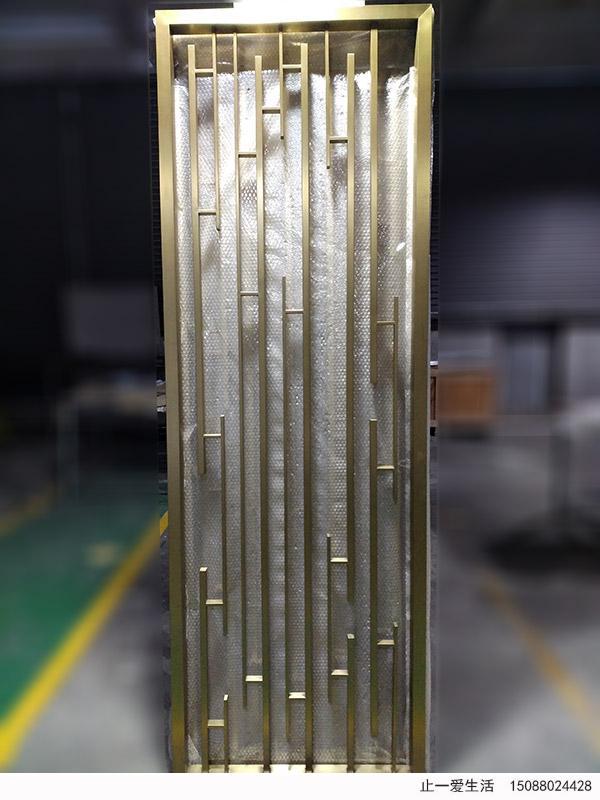 现代简约风格钛金不锈钢竖条屏风