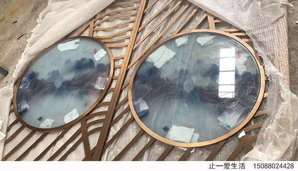 艺术玻璃不锈钢屏风艺术玻璃近大节点图