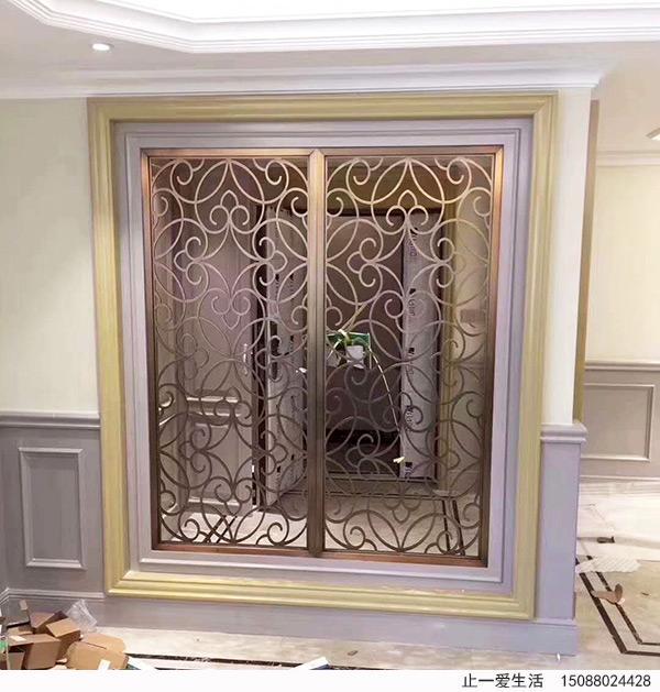 进门玄关欧式不锈钢镂空屏风安装效果图