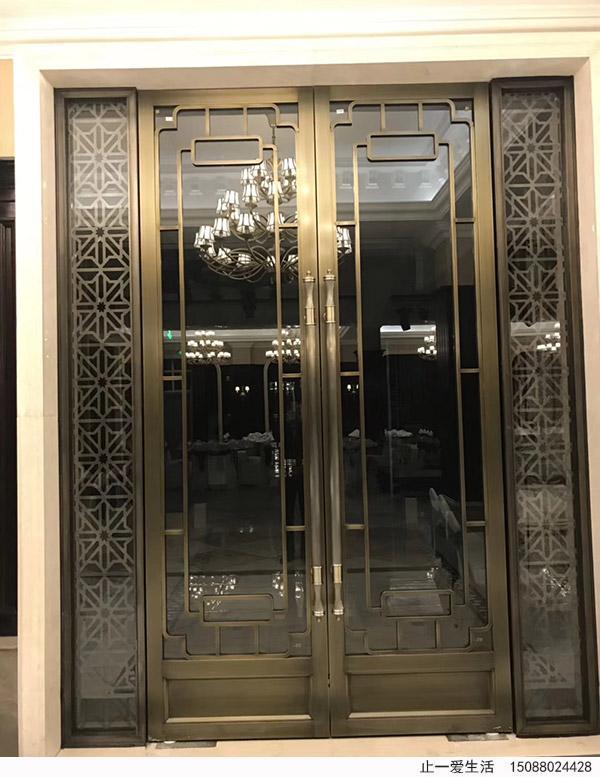 中式古铜不锈钢花格门