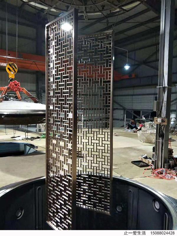 新中式不锈钢花格屏风镀钛加工