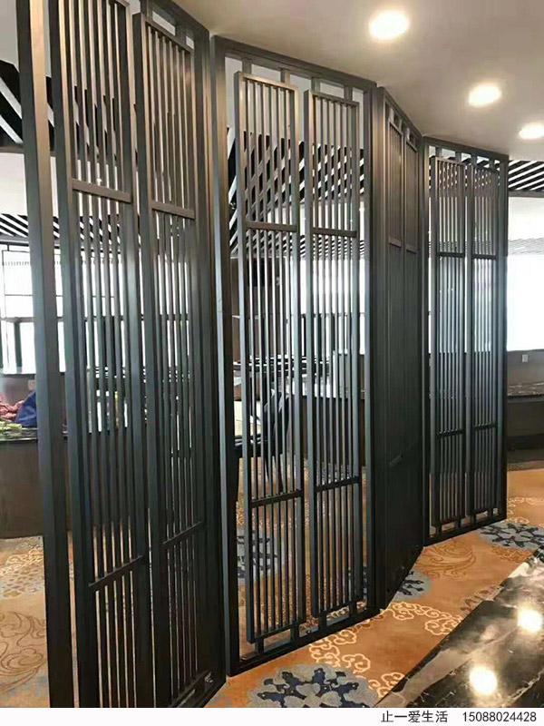 新中式不锈钢屏风酒店装饰效果图