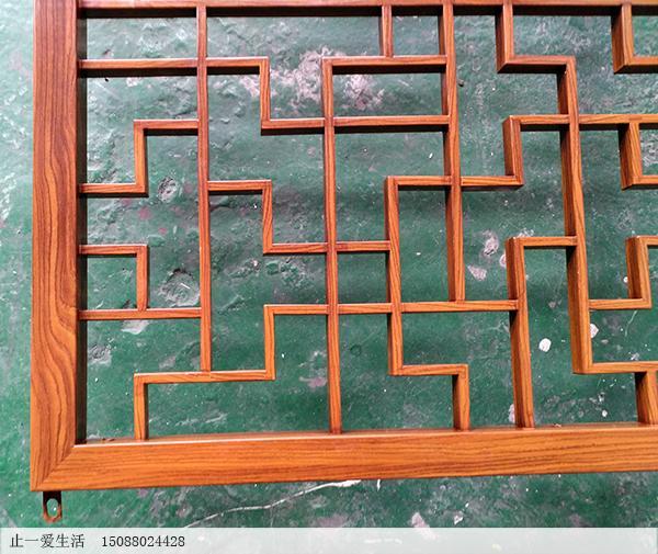 中式仿木纹不锈钢屏风隔断清晰的木纹表面效果图
