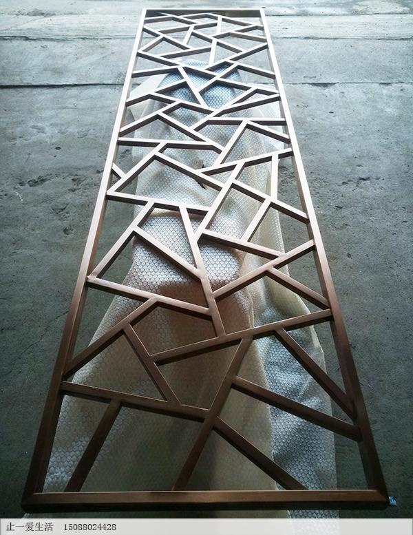 不锈钢管加工的冰裂纹花格屏风