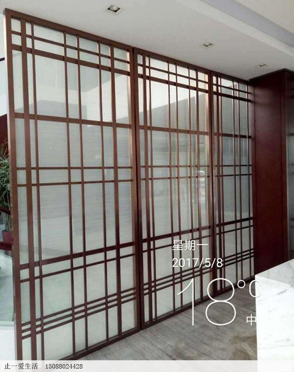 韩式不锈钢玻璃屏风安装效果图