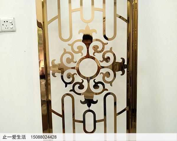 不锈钢板激光镂空的镜面玫瑰金屏风,弧形的玫瑰金屏风近大图2
