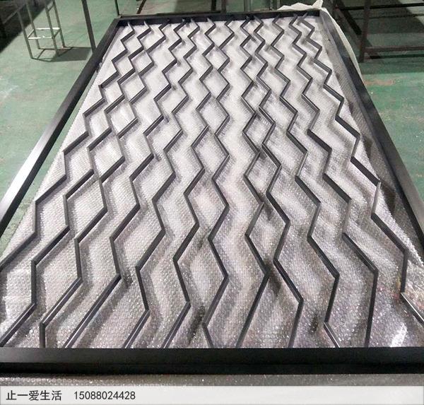 拉丝黑钛波浪形简单的不锈钢屏风