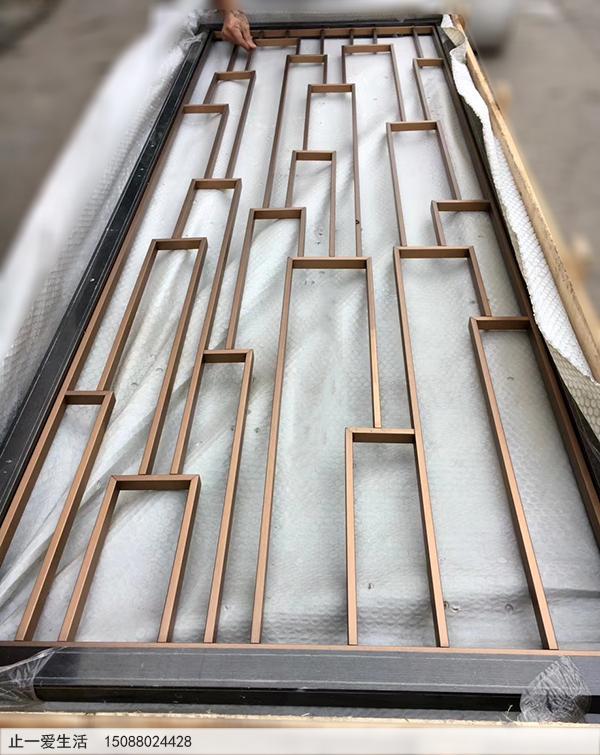 简单的现代古铜屏风
