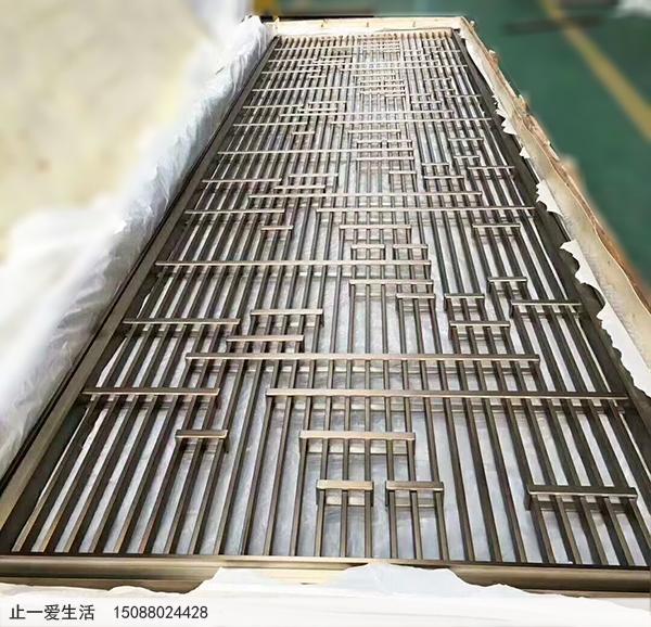 青古铜不锈钢屏风产品效果图