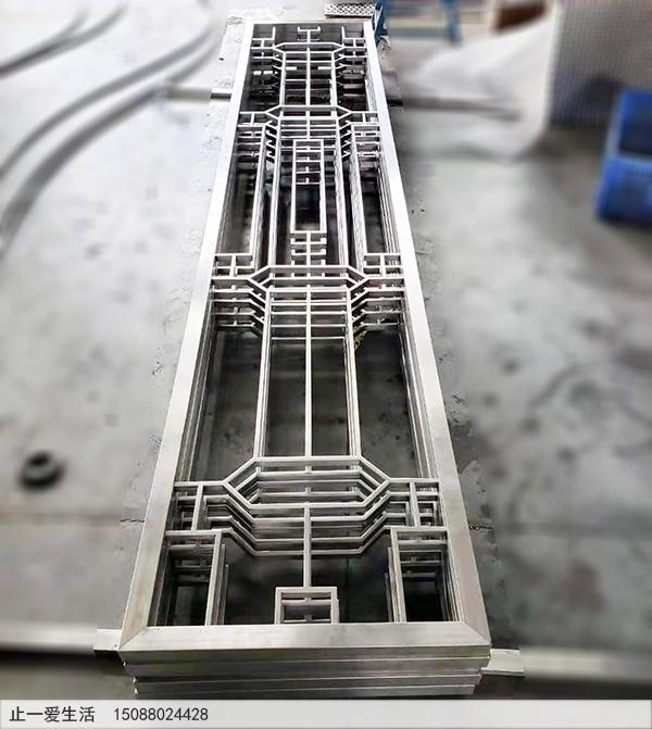 不锈钢方管焊接加工的不锈钢花格屏风