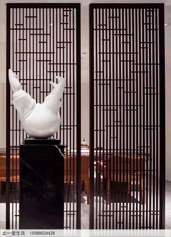 现代办公室黑钛金不锈钢花格屏风效果图