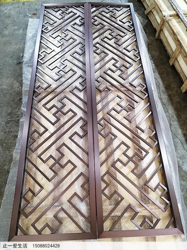 不锈钢屏风生产厂家直接定制的拉丝紫铜万字花格屏风