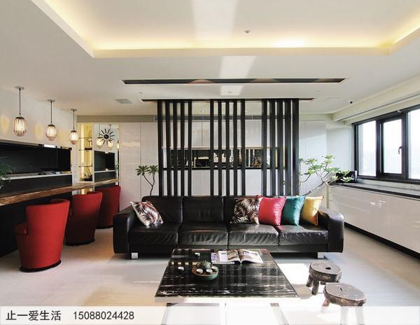 客厅装修不锈钢屏风沙发背景墙效果图