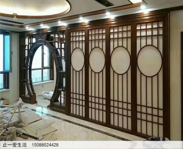 客厅装修不锈钢屏风图片-中式花格隔断墙