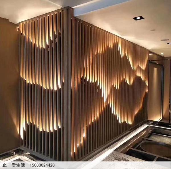 不锈钢镂空的山水屏风背景墙-带灯光的酒店背景墙安装效果图