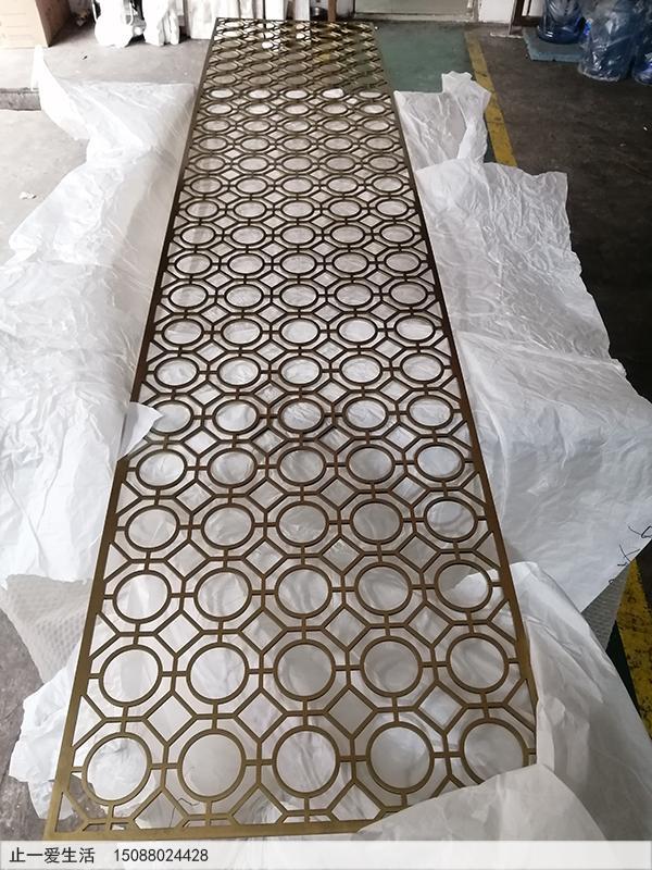 拉丝钛金不锈钢板激光切割屏风效果图