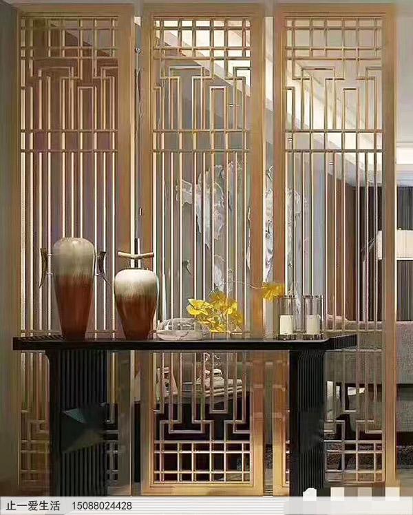 金色的不锈钢屏风家居客厅装饰效果图