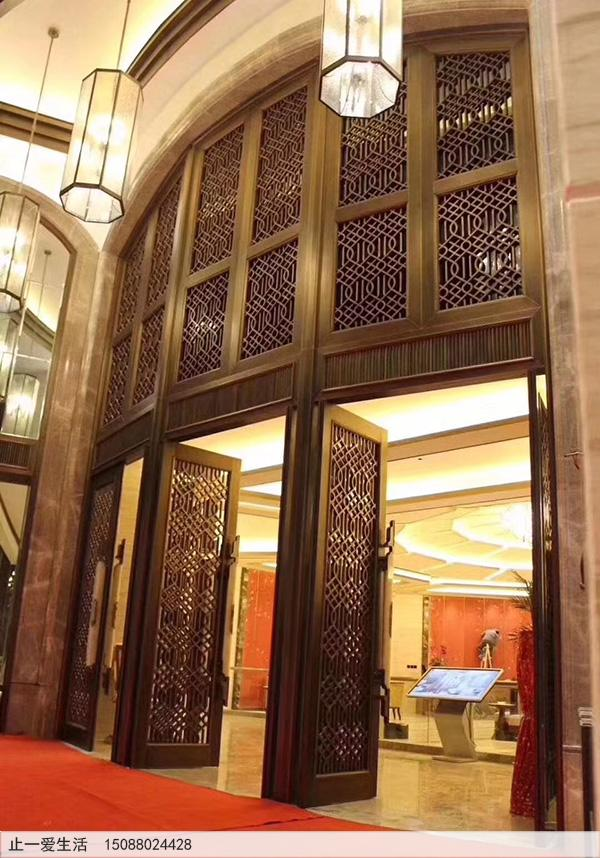 酒店不锈钢门头花花格效果图