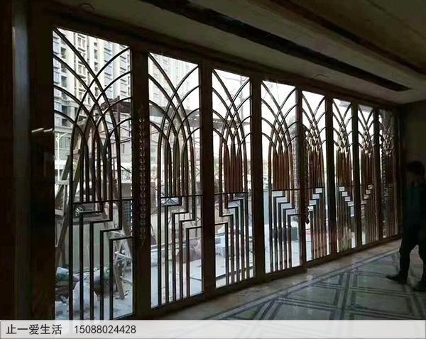 地产销售大厅现代简约金属屏风隔断效果图