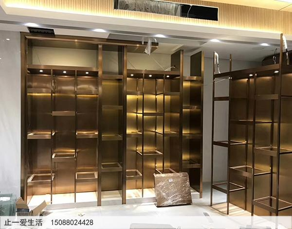 上海酒行不锈钢酒柜安装效果图