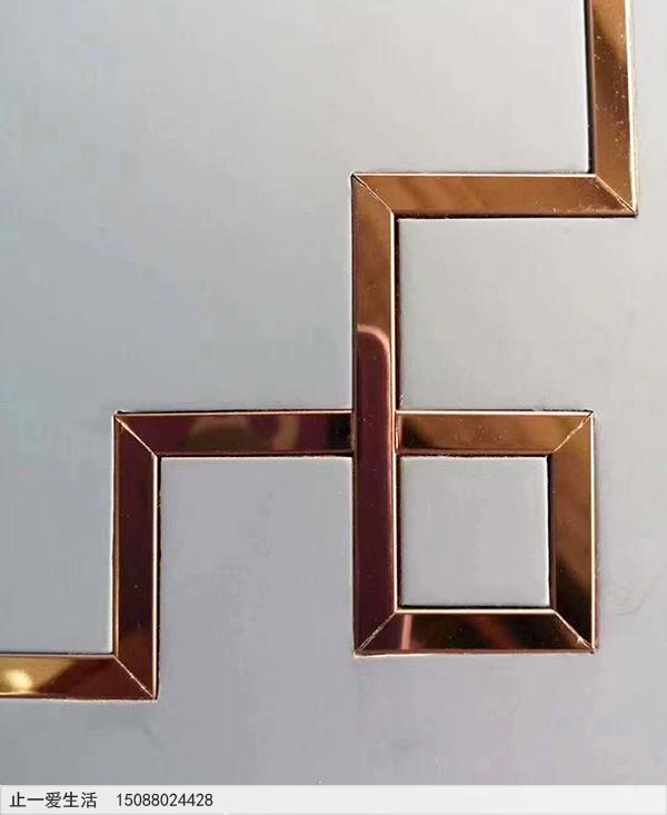 不锈钢装饰线条接缝处理效果图