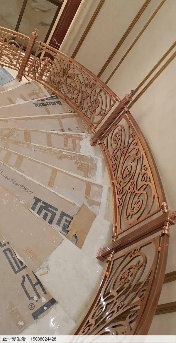 重庆别墅红古铜铝雕楼梯护栏安装图片分享2