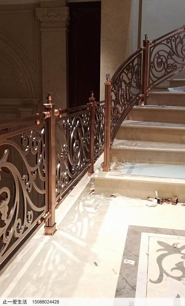 重庆别墅红古铜铝雕楼梯护栏安装图片分享5