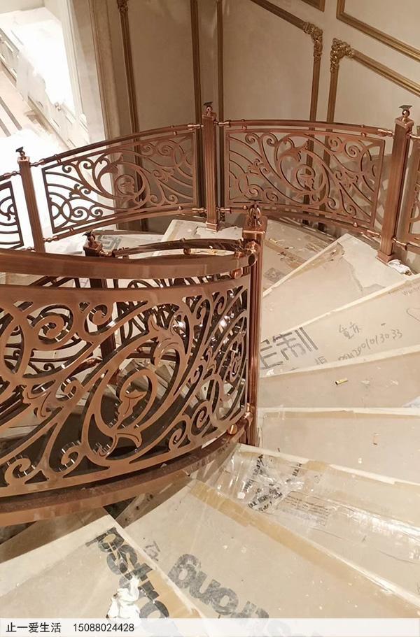 重庆别墅红古铜铝雕楼梯护栏安装图片分享3