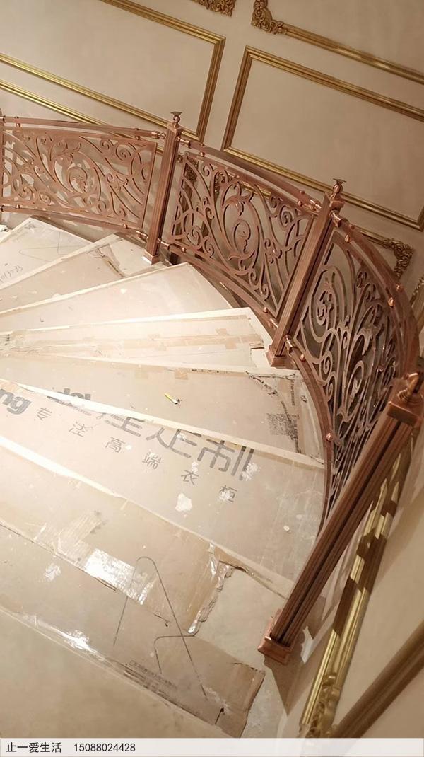 重庆别墅红古铜铝雕楼梯护栏安装图片分享8