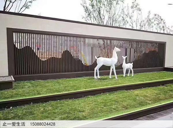 室外、户外公园不锈钢山形背景墙屏风隔断安装效果图