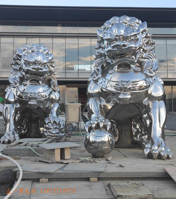 狮子造型不锈钢雕塑图片2
