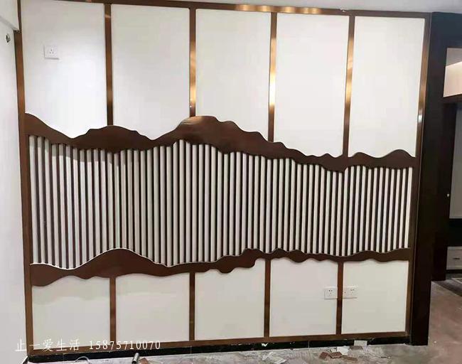 抽象山水造型竖条玫瑰金不锈钢隔断墙屏风效果图
