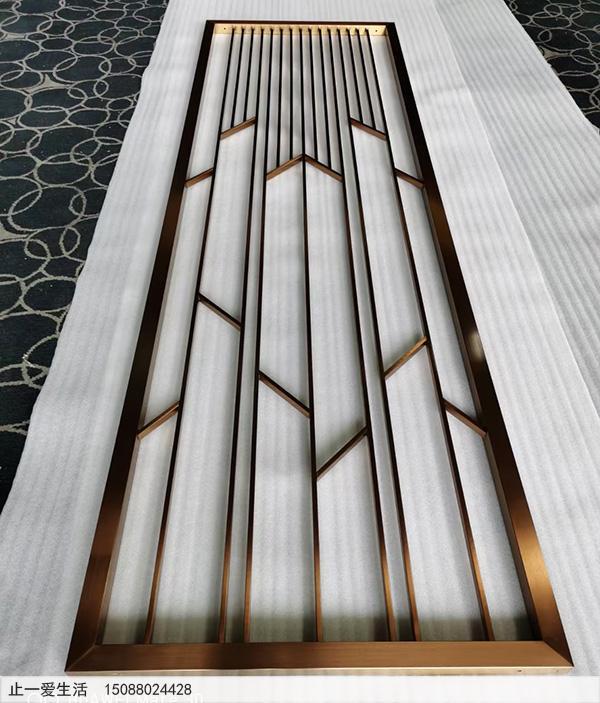 拉丝钛金现代北欧不锈钢屏风隔断生产厂家实拍图
