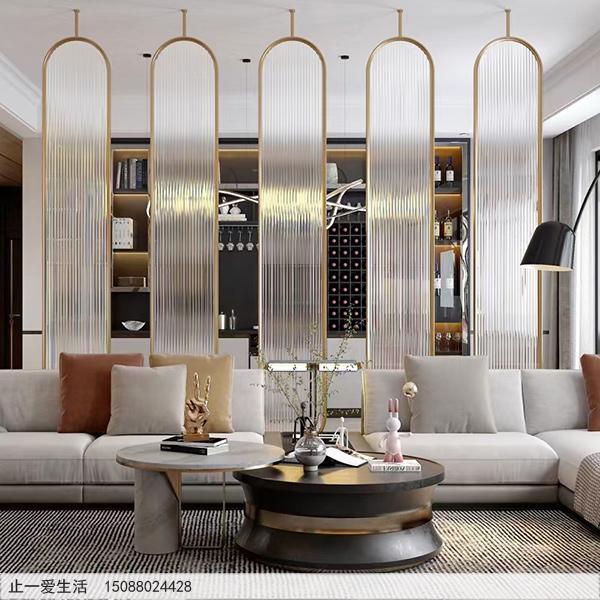 现代客厅沙发背景墙棒棒糖不锈钢屏风隔断效果图