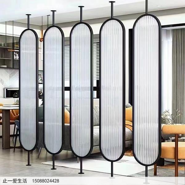 现代家庭客厅棒棒糖不锈钢屏风隔断效果图